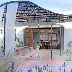 Maisons de style  par Juan Carlos Loyo Arquitectura, Moderne