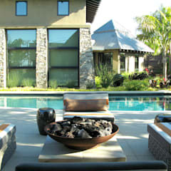 Island Style Tropical :  Pool by Debora Carl Landscape Design