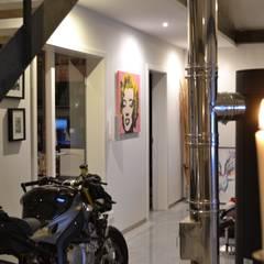 Garajes y galpones de estilo  por K-MÄLEON Haus GmbH
