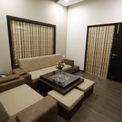 Salas / recibidores de estilo  por RAVI - NUPUR ARCHITECTS, Moderno