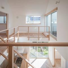 泉大津の家-triangle roof-: 祐建築設計事務所が手掛けた和室です。