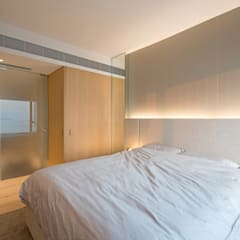 :  Bedroom by arctitudesign, Minimalist Plywood