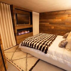 Habitaciones de estilo rústico por BEARprogetti - Architetto Enrico Bellotti