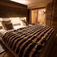 EP Alpine Mansion: Camera da letto in stile  di BEARprogetti - Architetto Enrico Bellotti