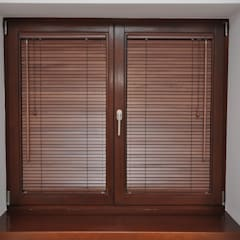 Żaluzje drewniane : styl , w kategorii Okna zaprojektowany przez Gama Styl