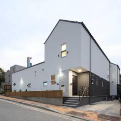 프라이버시는 소중해! 원주 'ㄷ'자집: 주택설계전문 디자인그룹 홈스타일토토의  주택