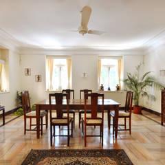 غرفة السفرة تنفيذ Dhruva Samal & Associates
