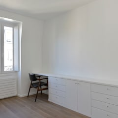 L'Arbalette: Spa de style  par SCJ RENOVATION