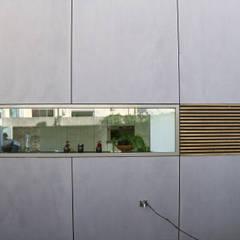 raamdetail:  Ramen door HSH architecten