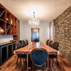 اتاق غذاخوری توسطESTUDIO TANGUMA, اکلکتیک (ادغامی) چوب Wood effect