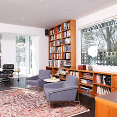 ZT Residence Interiors :  Study/office by Unit 7 Architecture
