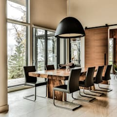 Winnipeg beach weekend home: modern Dining room by Unit 7 Architecture