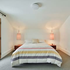 SV Residence:  Bedroom by Unit 7 Architecture,