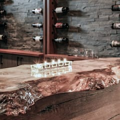 Live edge bar top:  Living room by Unit 7 Architecture