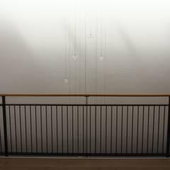 Daglicht en kunstlicht:  Gezondheidscentra door Vos | Hoffer | vdHaar architecten