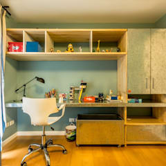 Nursery/kid's room by Interiores B.AP,