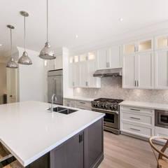 Wanita Rd Project:  Kitchen by Tango Design Studio ,Modern Quartz