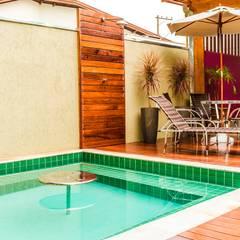 Spa by Bianca Ferreira Arquitetura e Interiores, Tropical Ceramic