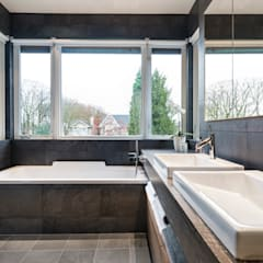VANCOUVER  - NEW CONSTRUCTION:  Bathroom by Alice D'Andrea Design