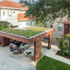 City Park Residence + Carport, New Orleans:  Garage/shed by studioWTA