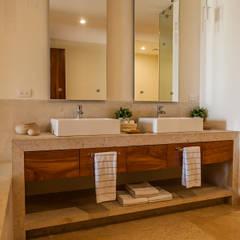 VENEROS: Baños de estilo  por MORADA CUATRO, Moderno