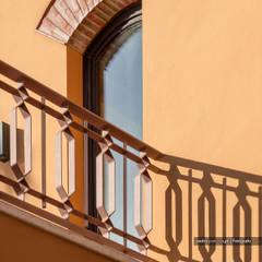 Ventanas de estilo  por Pedro Queiroga | Fotógrafo, Mediterráneo