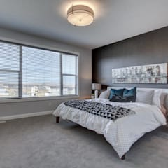 354 Sherwood Blvd:  Bedroom by Sonata Design,