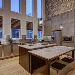 53 Paintbrush Park:  Kitchen by Sonata Design,Modern