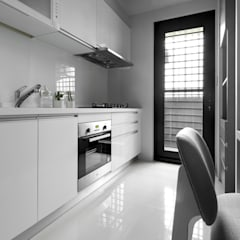 Kitchen by 磨設計
