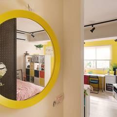 Corridor & hallway by 一葉藍朵設計家飾所 A Lentil Design