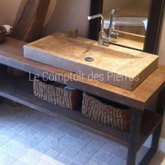 Vasque en pierre naturelle de Bougogne: Salle de bains de style  par LE COMPTOIR DES PIERRES