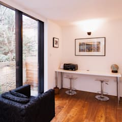 Extension & House Renovation SW18 - London:  Dining room by Diamond Constructions Ltd