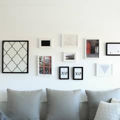 Ruang Keluarga oleh Perfect Home Interiors, Skandinavia