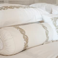 Home in Athol:  Bedroom by Tru Interiors, Country
