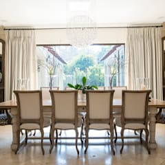 Home in Athol:  Dining room by Tru Interiors