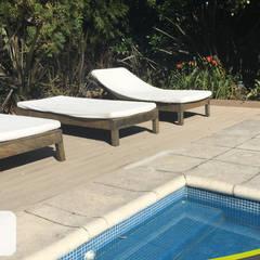 Instalación Deck Libre de Manteniento en Barrio Santa Barbara: Paredes de estilo  por LifeCycle Eco Decking - Deck Libre de Mantenimiento