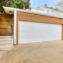 Nashville Avenue Residence, New Orleans:  Garage/shed by studioWTA