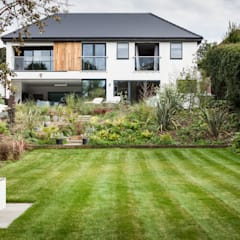 OATLANDS DRIVE:  Garden by Concept Eight Architects