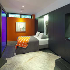 Pool House:  Bedroom by +tongtong