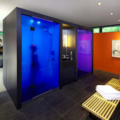 Pool House:  Bathroom by +tongtong