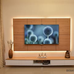 Apartment Interior Design Bangalore 4BHK:  Living room by Design Arc Interiors