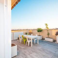 Terrace by Fabiola Ferrarello architetto