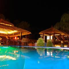 Pabellón de hotel : Hoteles de estilo  de Ale debali study