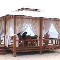 Cenador playa : Hoteles de estilo  de Ale debali study