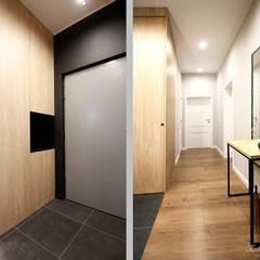 Corridor & hallway by Kołodziej & Szmyt Projektowanie wnętrz, Industrial