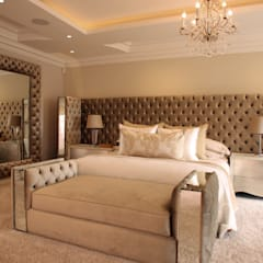 Main Bedroom:  Living room by Tru Interiors