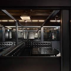 FULL-METAL bar: 디자인사무실의  복도 & 현관,인더스트리얼