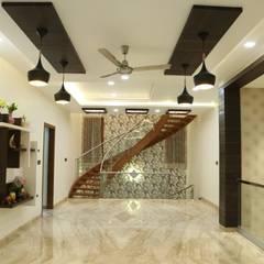 Residence of Mr.agaraj:  Corridor & hallway by Hasta architects,Modern