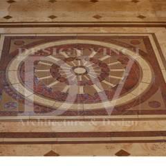 Villa Toscana in Moscow: Стены в . Автор – Design Vinci, Рустикальный Камень