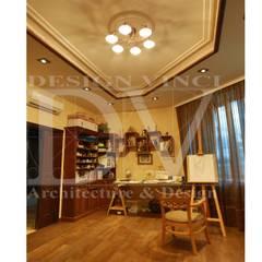 Villa Toscana in Moscow: Рабочие кабинеты в . Автор – Design Vinci